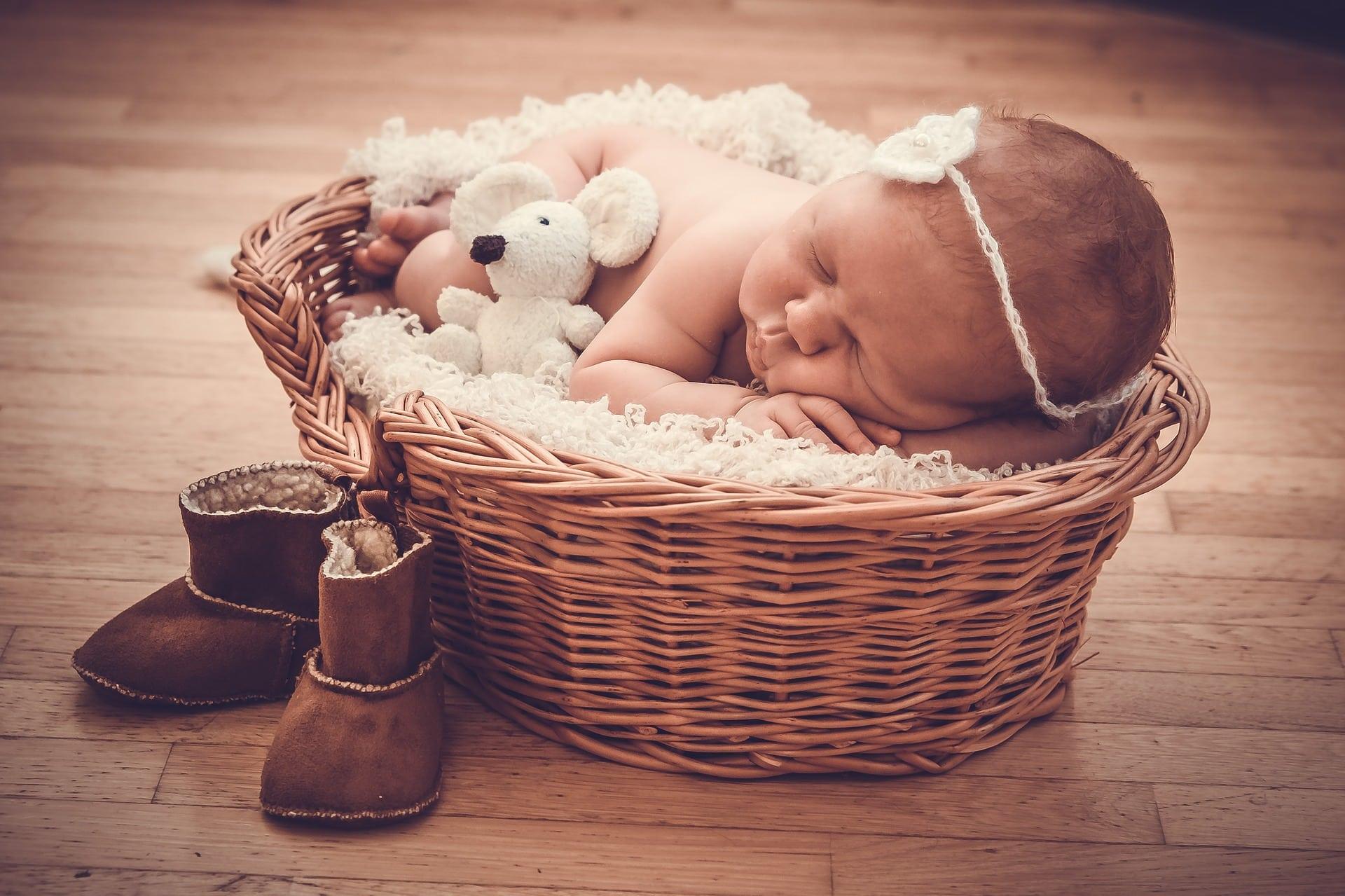 Qu Offrir Pour Une Naissance 5 idées cadeaux de naissance | idée cadeau